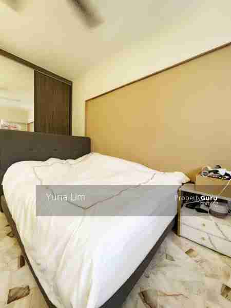 buy and sell property 159-Tampines-Street-12 MasterBed Room