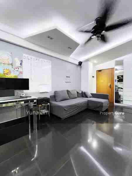 punggol resale property 169A-Living Room