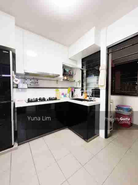 punggol resale property - 169A - Kitchen