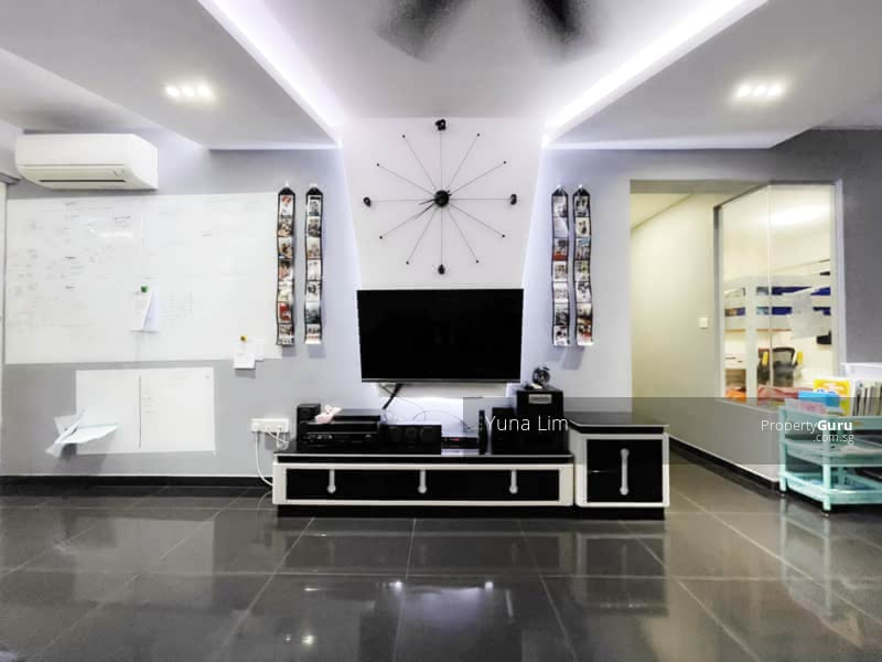 punggol resale property - 169A - Living Room TV View