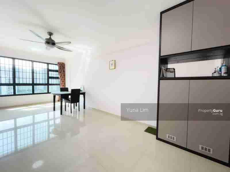 punggol resale property 266B-Punggol-way - Living Room shoe rack