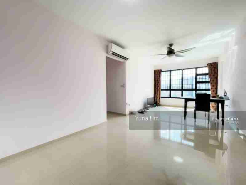 punggol resale property 266B-Punggol-way - Living Room door view