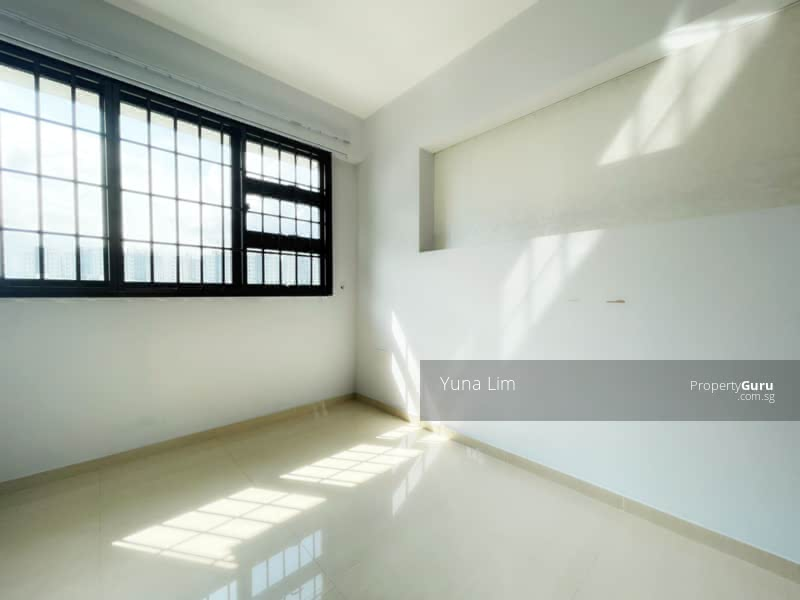 punggol resale property 266B-Punggol-way - Guest Room