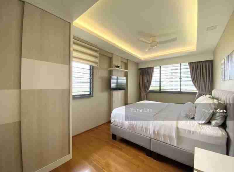 punggol resale property 310A-Punggol-Walk Masterbed Room