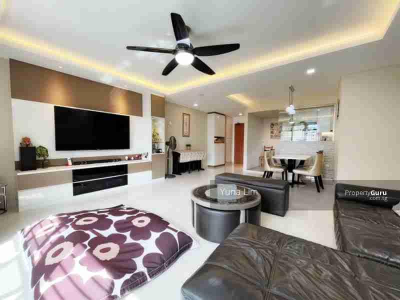 sengkang resale property 469B-Sengkang-West-Way - Living Room Full View