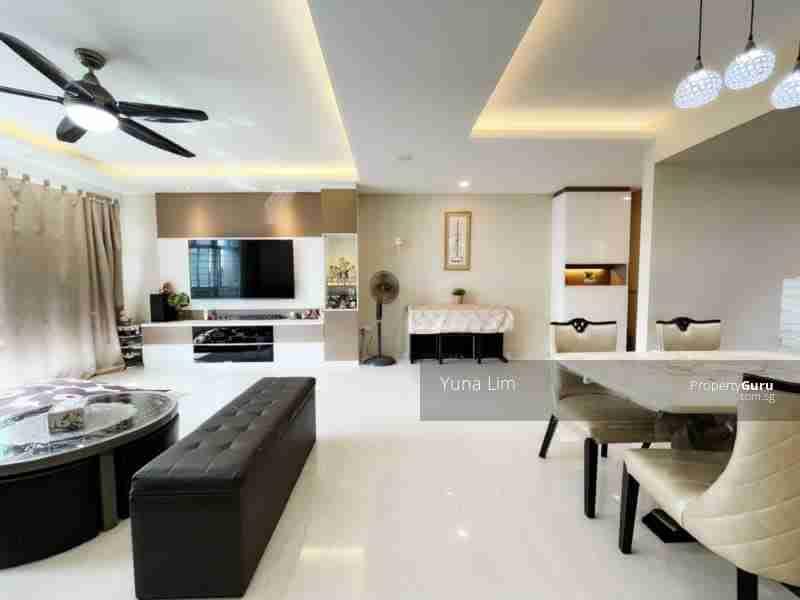 sengkang resale property 469B-Sengkang-West-Way - Living Room fullview