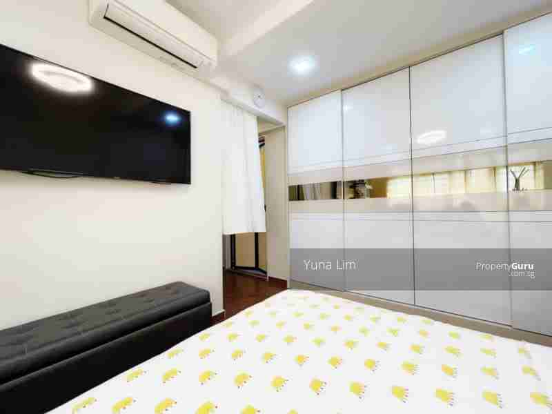 sengkang resale property 469B-Sengkang-West-Way - Masterbed Room