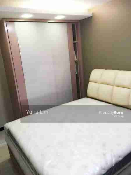punggol resale property 603A-Punggol-Road - Masterbed Room with cupboard