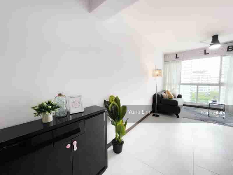 punggol property 612A-Punggo4l-Drive-Singapore Living room back