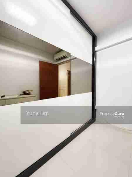 punggol resale property - 673B-Edgefield-Plains - Masterbed Room cupbaord