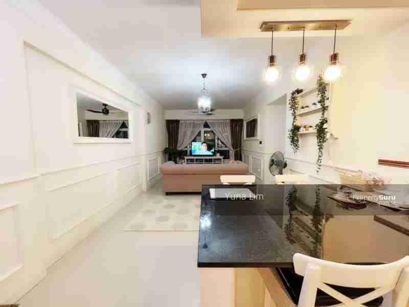punggol resale property - 673B-Edgefield-Plains - Full View Living Room