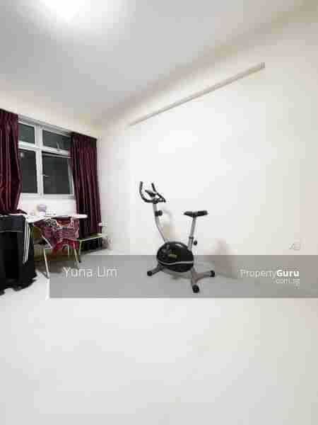 punggol resale property - 673B-Edgefield-Plains - spare room