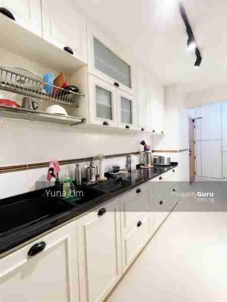 punggol resale property - 673B-Edgefield-Plains - Kitchen