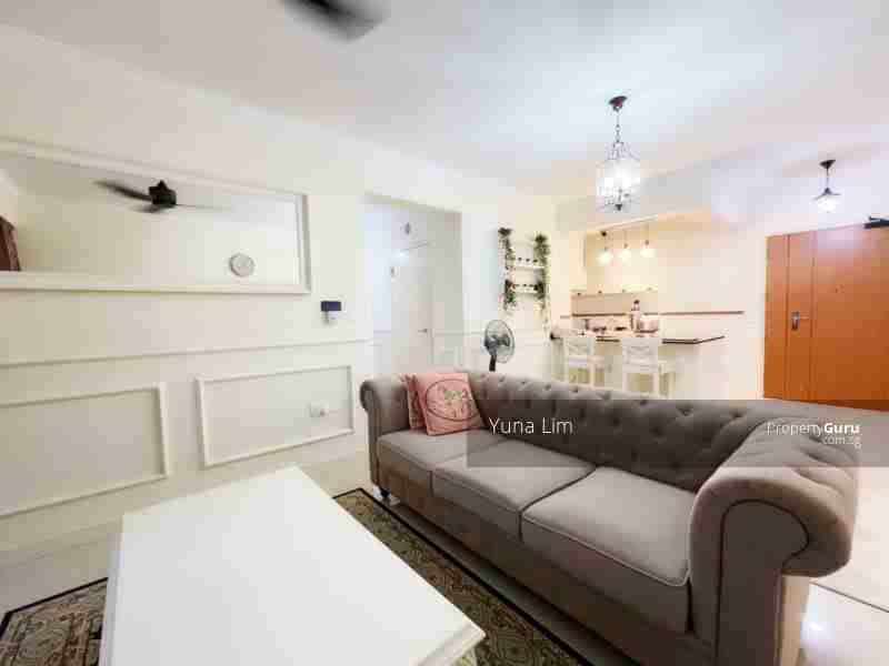 punggol resale property - 673B-Edgefield-Plains - Living Room