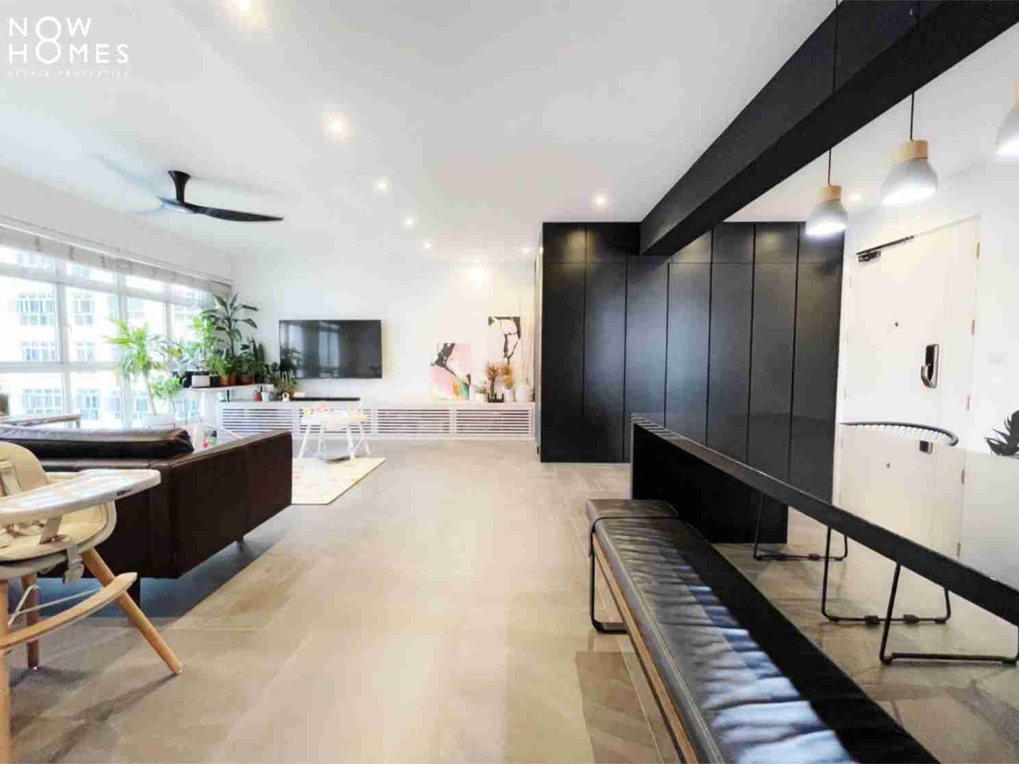 sengkang resale property - 288 compassvale - Living Room bench straight view