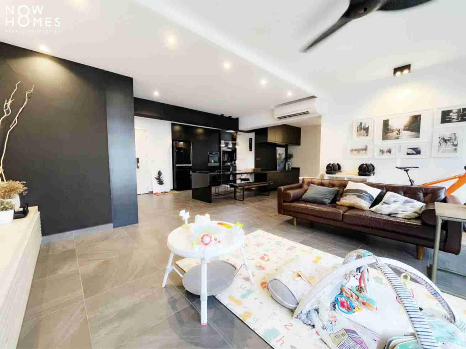 sengkang resale property - 288 compassvale - Living Room side view