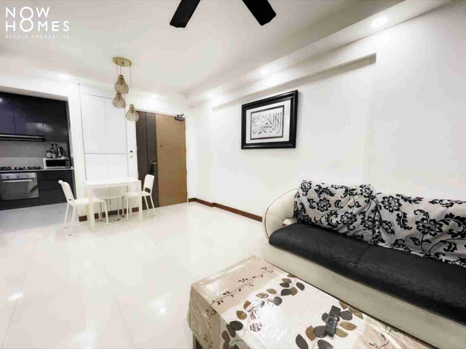 punggol resale property - 215a - White Living Room doorview