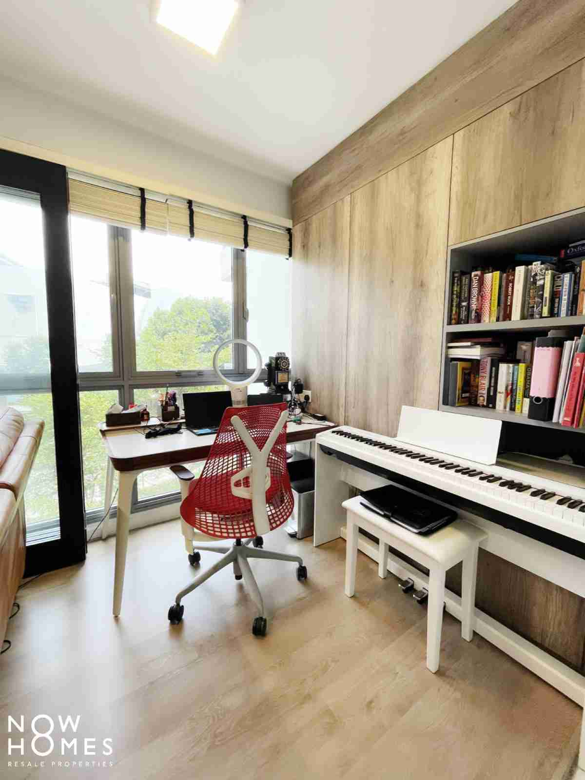 buy and sell property - 530C Pasir Ris Drive 1 - study Room
