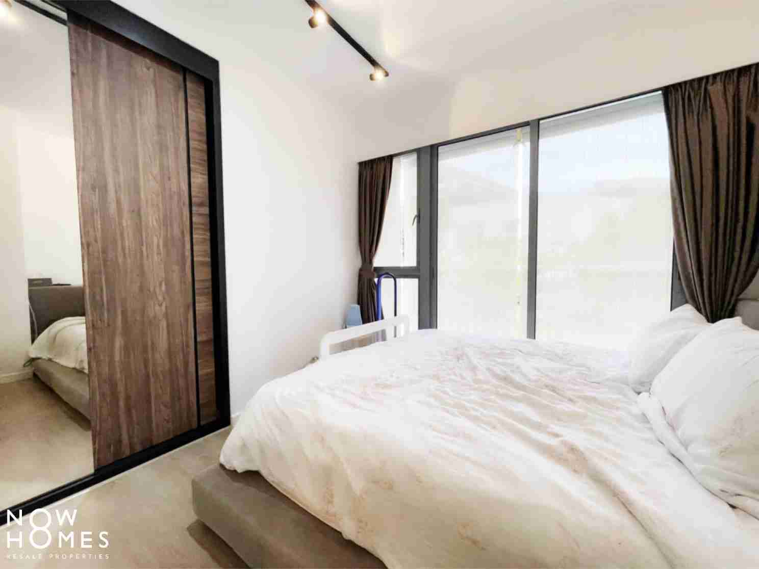 buy and sell property - 530C Pasir Ris Drive 1 - Masterbed window view