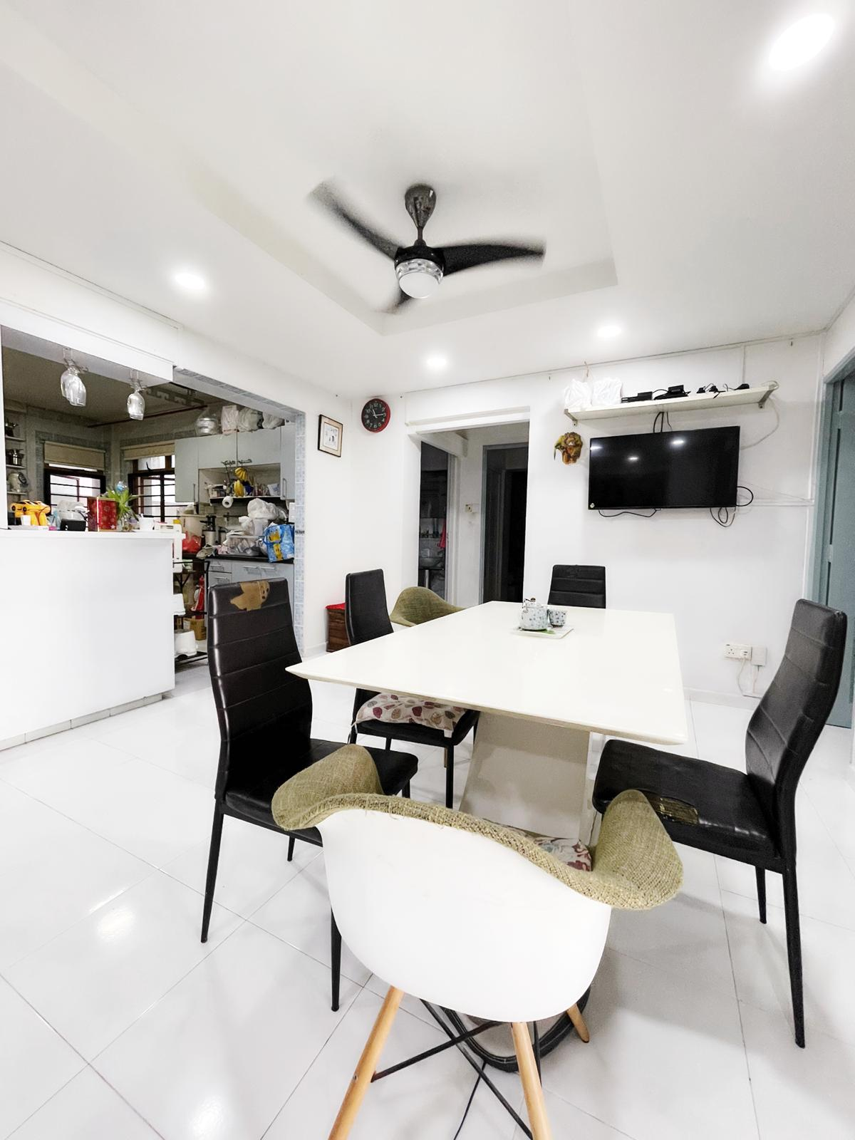 sengkang resale property - 318C Anchorvale Link Living Room Kitchen View